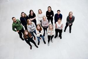 Sjuksköterskestudenterna i Örnsköldsvik kräver nu 28 000 kronor i lön.
