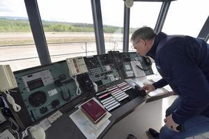 Tornet på Idre Flygplats är intakt som det lämnades för snart 20 år sedan.