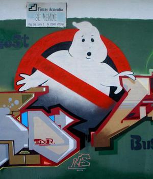 En graffitimålning med Ghostbusters logga. Foto: Zarateman