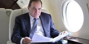 Under sin första resa som statsminister, till Finland, kom Stefan Löfven med ett förslag till grundlagsändring som skulle göra det svårare att avsätta en statsminister. Förslaget är inget hugskott. Det är en del av en gammal socialdemokratisk tradition av maktfullkomlighet. Foto: Henrik Montgomery, TT.