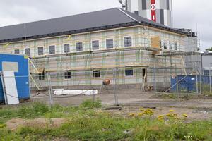 Tillbyggnaden beräknas stå färdig i januari.