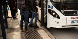 """""""Gör alla bussresor i Borlänge avgiftsfria och börja arbeta mot en avgiftsfri kollektivtrafik i Dalarna"""" skriver  debattörer från Klimatnätverket Fridays for future Borlänge. Foto: Lars Dafgård"""