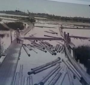 Flottningsarbete i Skutskär 1924. Bild från filmen.