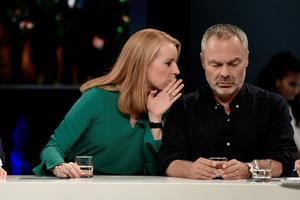 Annie Lööf (C) och Jan Björklund (L) bör utnyttja sin fördelaktiga förhandlingsposition gentemot S.