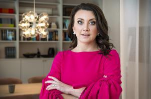 Författaren Camilla Läckberg har startat en privat vårdcentral för kvinnor.