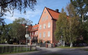 Framsida på Engelska skolans äldre hus på Universitetsallén. Bild: Hans-Göran Engström