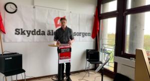 Jan-Åke Karlsson höll tal i Kommunisterna i Gislaveds sändning.