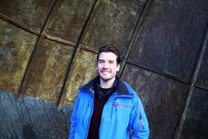 Robin Ramstad doktorerade i rymdfysik i december 2017 och forskningsresultatet kastade omkull den tidigare kunskap vi haft om hur solvinden påverkar atmosfären
