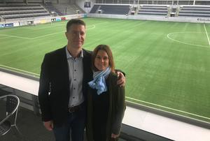 Mathias Johansson, sportchef Hille IF och Malin Rogström, ordförande Gefle IF ser fram emot ett nytt damsamarbete på elitnivå, som också ska främja utvecklingen av Gävles damfotboll på lång sikt.