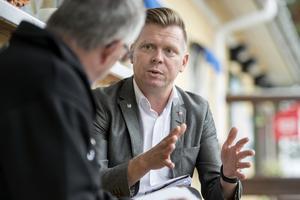 Per  Nylén oroar sig inte – han är helt övertygad om att alliansen släpper igenom S-budgeten.