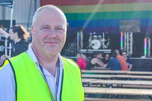 Torbjörn Karlsson är en av arrangörerna till Sundsvall Pride. Tillsammans med fyra andra har de gjort festivalen möjlig.