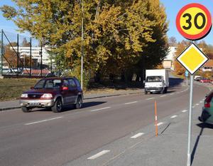 På Ringvägen förbi Kramfors idrottsplats gäller redan en lägre hastighet, som nu troligen förlängs för hela den vägen och området innanför.