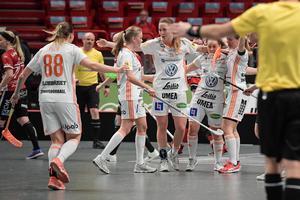 Iksus Sofia Joelsson avgjorde SM-finalen med sina två mål mot Kais Mora. Foto: Janerik Henriksson/TT