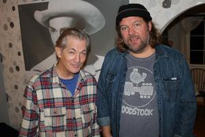 Doug Seegers och managern Björn Pettersson har känt varandra sedan de allra första stegen i vad som utvecklades till Seegers musikkarriär.