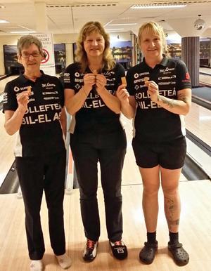 BK Laxen från Sollefteå vann damklassen i tremanna-DM, Agneta Mattsson, Anette Eriksson och Jessica Ström.
