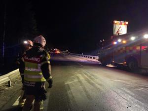 Det inträffade en trafikolycka med två bilar på väg 84
