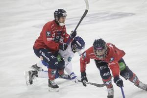 Mattias Larsson och hemmaförsvaret hade full koll på Jonas Enander och Motala.