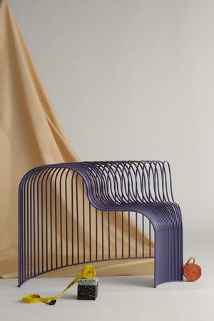 Under Stockholm Furniture Fair var möbeln lila. Foto: Pressbild/Frida My.
