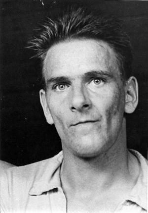 KOMETKARRIÄR. Lasse Eriksson var 26 år när han slog igenom på allvar som fotbollsspelare. Efter ett år i allsvenskan och tio landskamper blev han proffs i Frankrike.