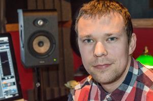 Johannes Bornlöf:s musik hörs i ett femtiotal TV-produktioner. 70 procent av musiken i Mästerkocken är gjord av Johannes.