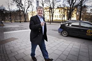 Affärsmannen Maths O Sundqvist, en av Sveriges rikaste män men  stort inflytande över länets näringsliv. Han förlorade stora tillgångar när investmentbanken Carnegie kraschade. I september 2012 omkom han i en fyrhjulingsolycka. Foto: Anneli Åsén