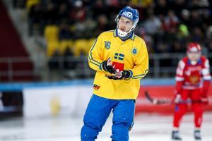 Erik Säfström, som var proffs i Neftyanik under två säsonger, har mött flera av Kazakstans spelare i ryska ligan. Foto: Rikard Bäckman / Bandypuls.se / TT
