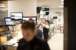 Felicia Ekeljung, restaurangchef på McDonalds.