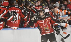 Det började bra när Adam Byström Johansson gav HHC ledningen redan efter drygt två minuter.