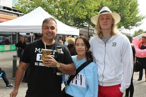 Aldrin Cavalheiro, Cami Cavalheiro och Jonathan Backlund såg fram emot att få släppa loss till trumkonserten.