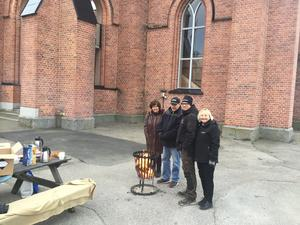 Kyrkans folk bjöd besökarna i Trönö på kaffe och information. Foto: Jan-Eric Berger
