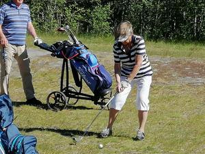 Svanskogens grand old lady Margit Ljungberg ( 90 år om nån månad) in action.