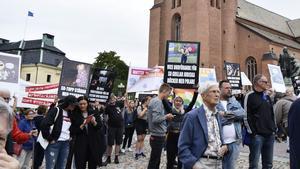 Daniel Riazat deltog i även plakatdemonstrationen under Jimmie Åkessons valmöte i Falun i augusti.