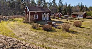 Foto: Karol Kostelnic. Det gamla torpet i närheten av Åsbro ligger tvåa på klicktoppen.