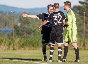 Tallåsen har fått en tung start på säsongen med tre förluster och ett kryss, 1–1 mot Hällbo i den tredje omgången.