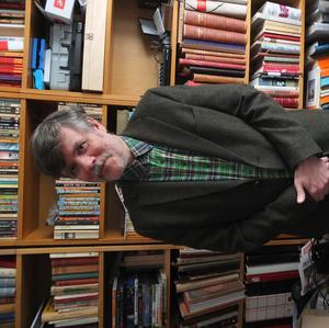Serieskaparen och författaren David Nessle.Foto: Kim Flymar