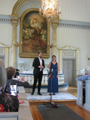 Per Lindström och Sabina Bisholt. Läsarbild: Christina Berg-Tylöskog.