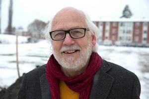 """""""Det är märkligt att vi i opinionsundersökningarna hittills inte fått bättre genomslag för det vi gör för att förbättra för vanliga svenssons"""", säger Ingvar Henriksson. Han hoppas att partiet kan återta en del förlorad mark i Ludvika i höstens val."""