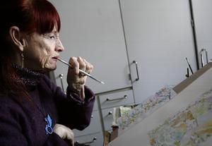 Gölin Folkesson började måla och teckna redan som liten, och hon arbetade mycket med akvareller.