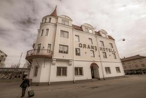 Första tiden bodde Jorma och Margareta Kaukonen på Grand hotell i Strömsund.