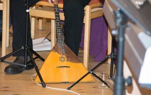 Hudiksvalls Balalajkor har återuppstått minneskonserten till ära.