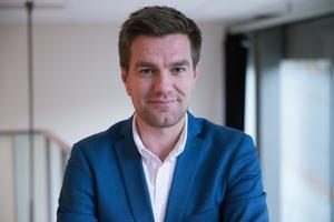 Utbildningsnämndens ordförande Elof Hansjons (S).