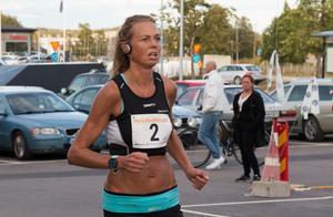 Jenny Rutström från Nordanstig vann damklassen när hon sprang in på tiden 21.26.