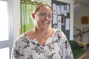 För elva år sedan började Erika Holmgren som vikarie på Hedbacka. Två år senare fick hon fast anställning som undersköterska och nu är hon administrativ samordnare.