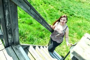 Therese Eriksson fick nyligen miljöpriset i Orsa för sitt engagemang då hon inspirerar till miljövänliga semestrar.