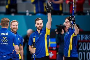 Niklas Edin och hans lagkamrater spelar OS-final på lördag. Bild: Joel Marklund/Bildbyrån