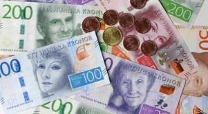 Slopad värnskatt ger ännu mer pengar till de allra rikaste, skriver insändarskribenten. Foto: Fredrik Sandberg/TT