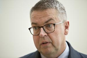 MB skogs försvarare Rolf Klintfors påpekade att det inte hade gjorts någon kriminalteknisk undersökning på platsen där branden startade.
