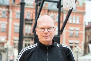 David Lundgren, 53 år, Sundsvall, basketdomare.