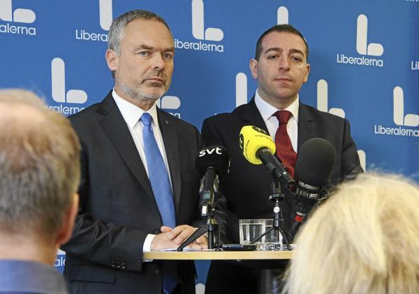 Liberalernas partiledare Jan Björklund och riksdagsledamot Roger Haddad, polistalesman. Presskonferens riksmötet 2017 i ACC Västerås