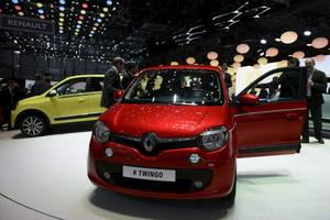 Bilsalongen i Genève hålls för 84:de gången och lovar 146 världs- och Europapremiärer. Här syns nya Renault Twingo.Foto: Martial Trezzini/AP